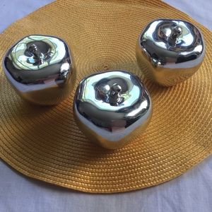 Torres & Tagus Collection 3 Ceramic Silver Apples
